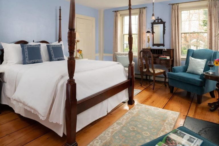 Breezing Up guest room
