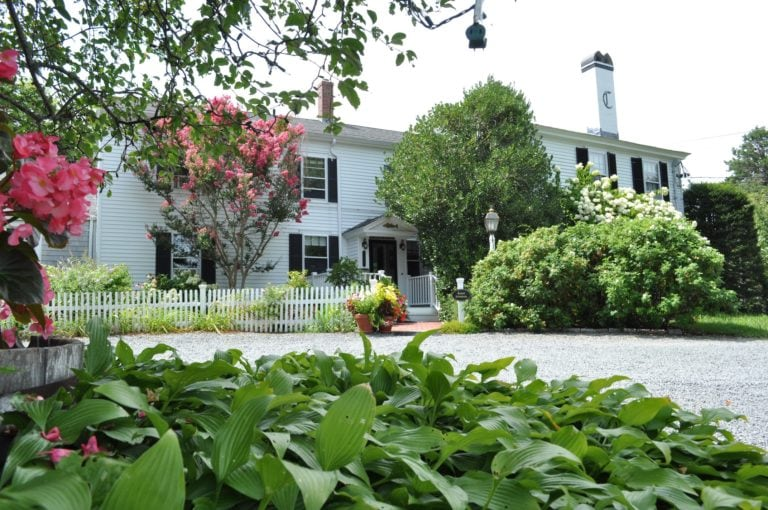 Exterior001 Photo and Video Gallery | Candleberry Inn