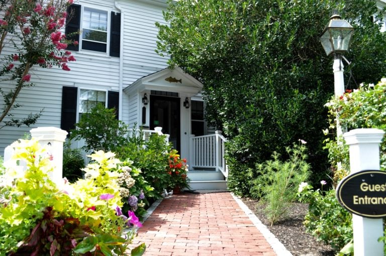Exterior007 Photo and Video Gallery | Candleberry Inn