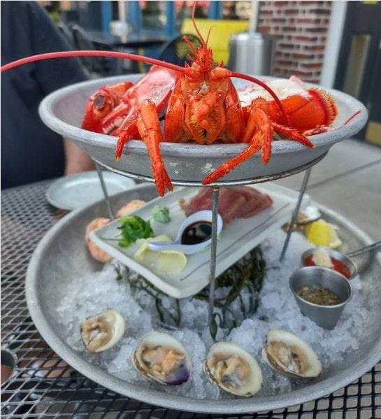 Naked Oyster - romantic Cape Cod restaurant