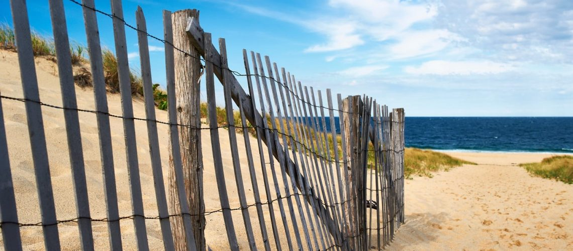 Path way to Brewster beaches