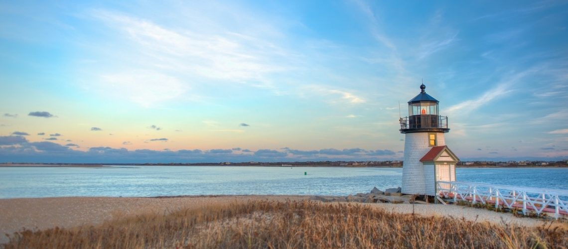 Brant Point Lighthouse that visitors can see on a day trip from Cape Cod to Nantucket.